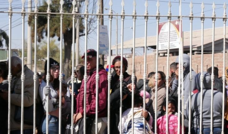 """Venezuelans in Chacalluta: INDH urges the State of Chile to """"guarantee the right to apply for visas"""""""