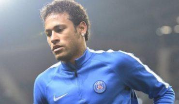 Abogado de Neymar es captado en las oficinas del Barcelona