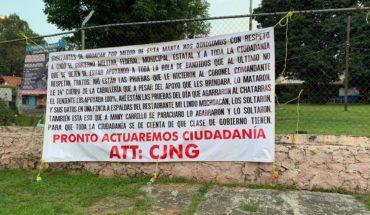 CJNG deja varias narcomantas en Uruapan, Michoacán