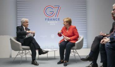 Desde la inversión alemana en el litio a los incendios en la Amazonía: el encuentro de Piñera con Merkel en el G7