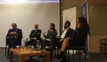 El Mostrador aportó su mirada en seminario de la Facultad de Comunicaciones de la PUC sobre responsabilidades profesionales ante los discursos de odio