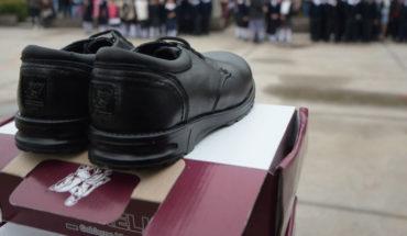 """Inicia la entrega de calzado escolar del programa """"Caminando Transformamos Morelia"""""""