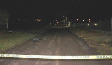 Joven es muerto a balazos en poblado de Tangancícuaro