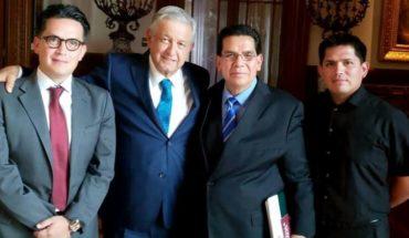 Líderes evangélicos cobran como servidores de la nación