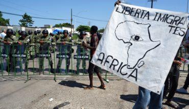 Migrantes africanos anuncian marcha; AMLO rechaza exigencias