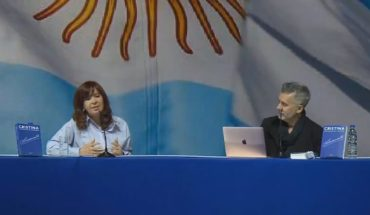 """Cristina Kirchner in Malvinas Argentinas: """"If we have to apologize, we ask for them"""""""
