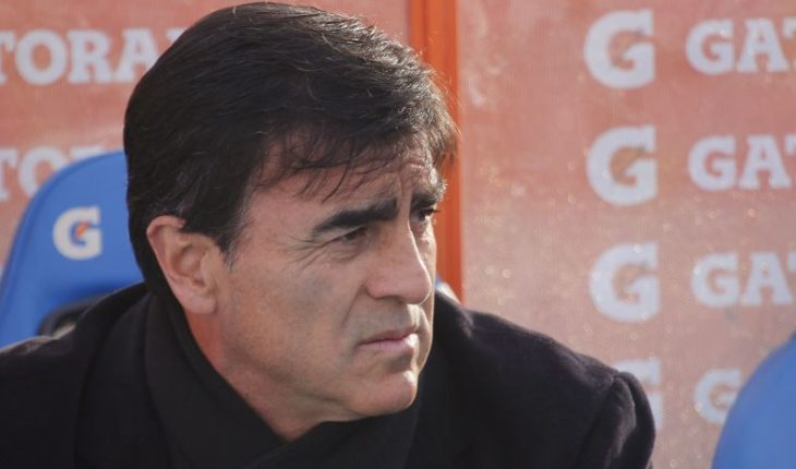 "Gustavo Quinteros: ""The tournament is not closed"""