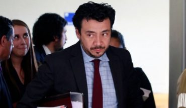 Prosecutor Arias' defender asks to lift his suspension and reiterates his innocence