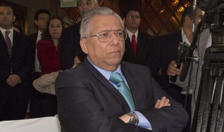 Ramón Sosamontes, collaborator of Robles, seeks amparo