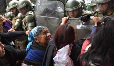 "Senator Huenchumilla condemns violence against Mapuche hortaliceras in Temuco: ""I find it unacceptable"""