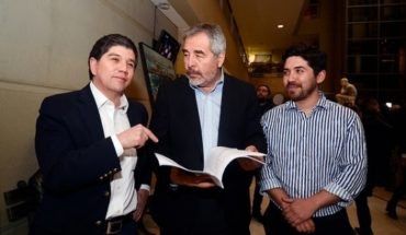 The chapters of the constitutional indictment against Cubillos that the opposition intends to present in September