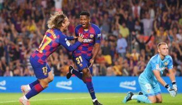 Ansu Fati no para: gol y asistencia en primer inicio titular en Barcelona