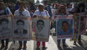 Familiares de 43 de Ayotzinapa, entre la esperanza y la cautela