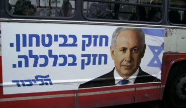Cartel con la imagen de Benjamín Netanyahu durant la campaña electoral de las elecciones legislativas en Israel en 2009. Foto: zeevveez from Jerusalem, Israel (Wikimedia Commons / CC BY 2.0). Blog Elcano