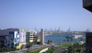 Puerto de la Luz, Las Palmas de Gran Canaria. Foto: Pneumaman (trabjo propio) (Wikimedia Commons / Dominio público). Blog Elcano