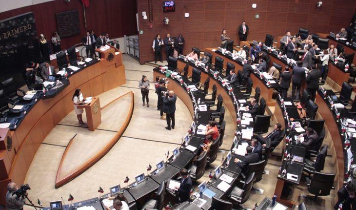 Senado avala reforma contra empresas fantasma y facturas falsas