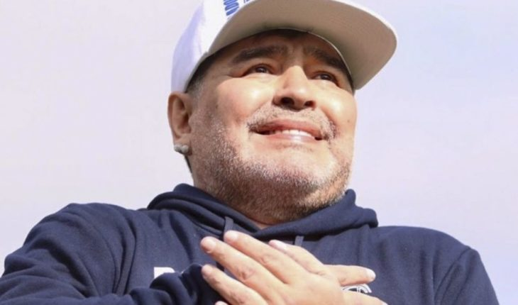 Diego Maradona arrived in Gymnastics: the presence of a River player and the reaction in the nets