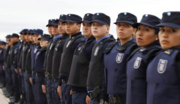 "Government implemented new measures to monitor police officers ""up close"""