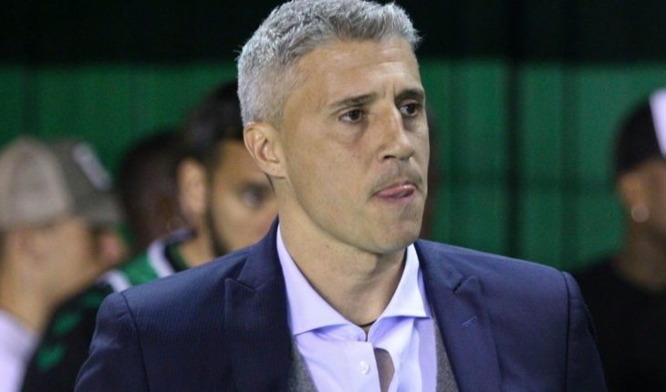 Hernán Crespo, one step away from stepping down from being Banfield's coach