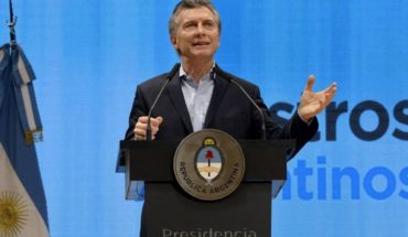 """Macri: """"There is no more powerful tool against poverty than education"""""""
