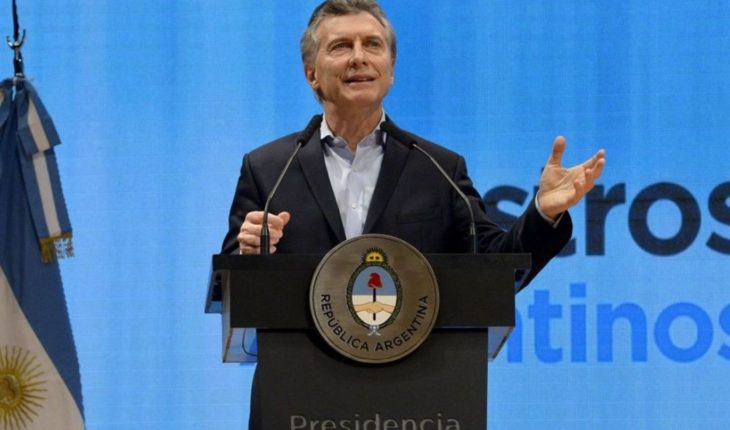 "Macri: ""There is no more powerful tool against poverty than education"""