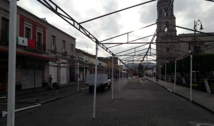 Morelia Town Hall installs awnings for traditional verbena popular homeland