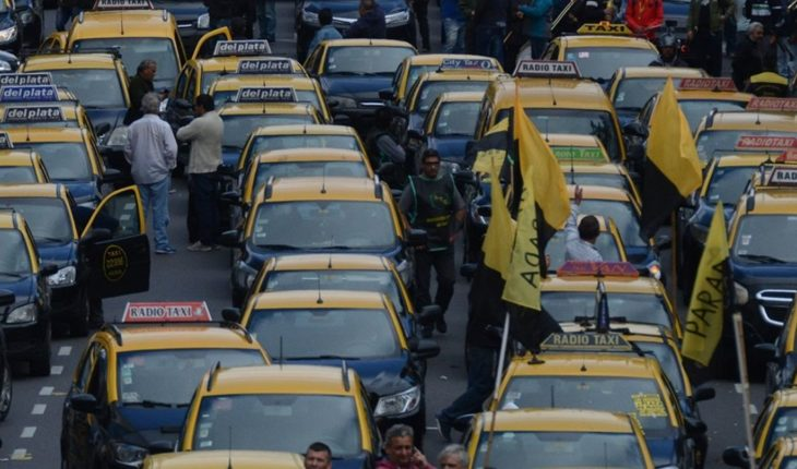 Porteño taxi drivers protest again, now against Cabify