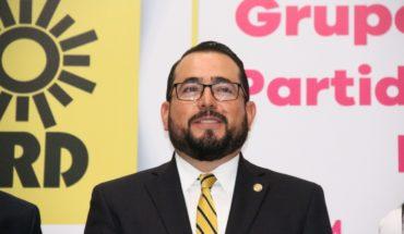 Recula Humberto González, returns to the PRD