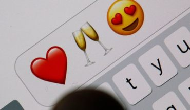Study claims that people who use emojis have more sex