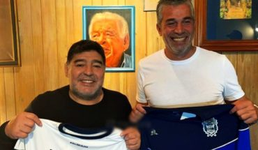Today Maradona arrives in Gymnastics: he will lead a practice and give a lecture