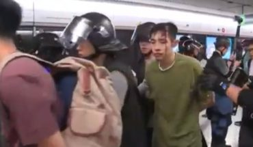 [VIDEO] Violent crackdown on protesters in Hong Kong
