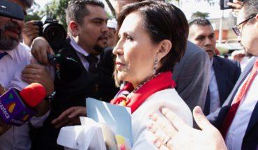 Defensa de Robles dice que licencia 'falsa' tiene otra firma y foto apócrifa