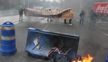 Encapuchados bloquean Insurgentes Sur; reclaman por Ecuador y Chile