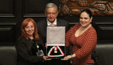 Rosario Ibarra recibe la medalla Belisario Domínguez