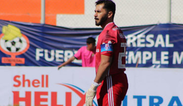 Caputto confirmed Johnny Herrera as a starter for the duel against Iquique