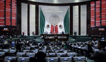 Deputies approve withdraw of president