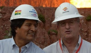 "Evo seeks re-election: paradox of multinational slam in Bolivia's president's ""plural economy"""