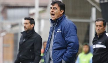 """Gustavo Quinteros: """"It wasn't a game to lose. We ended up with a joke"""""""
