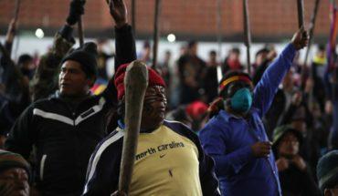 Indigenous demonstrators detained three policemen in Ecuador