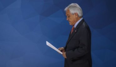 Piñera announced the suspension in the rise of public transport fares
