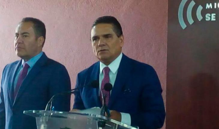 """There's no uprising, Urapicho's calm,"" says Silvano Aureoles"
