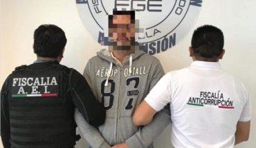 Detienen a edil de Puebla por presunto uso ilícito de atribuciones