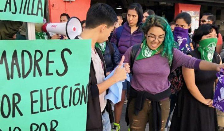 Protestan contra evento provida en universidad de Puebla