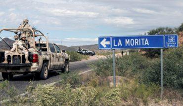 Vigilada por militares, familia LeBarón prepara funerales