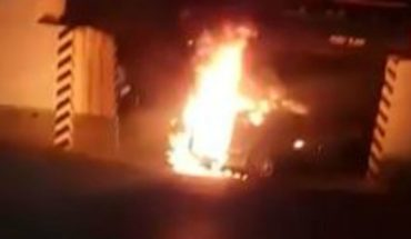 Blocks, bullets, burned cars, everything that happened in Nuevo Laredo (Videos)
