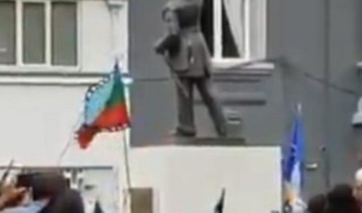 Chilean Navy condemns attack on Arturo Prat statue in Temuco