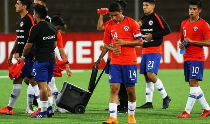 """Cristián Leiva after defeat of Chile under 17: """"In all matches we were competitive"""""""