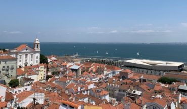 Lisbon: colors, architecture and exquisite gastronomy at a very good price