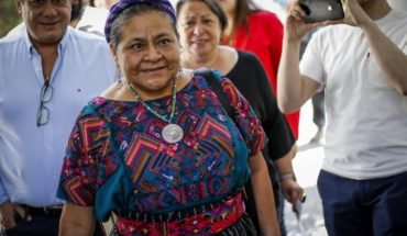 """Rigoberta Menchú for DD violations. Hh. in Chile: """"Carabineros cannot act like children playing with water guns"""""""