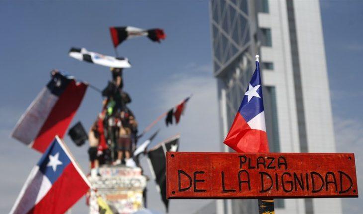Concejales de Providencia presentan moción para renombrar Plaza Italia